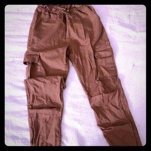 Tan pants 👖
